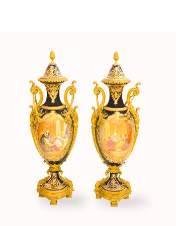 Importante y monumental Par de jarrones de Porcelana de Sèvres
