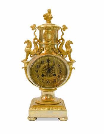 Fino reloj Frances de estilo Imperio del siglo XIX