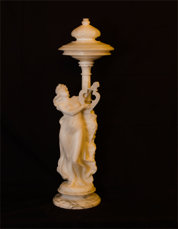 Escultura iluminaria de Alabastro
