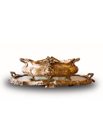 Centro de bronce pleateado Frances