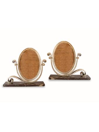 Par de portarretratos de mesa en bronce plateado Art Deco