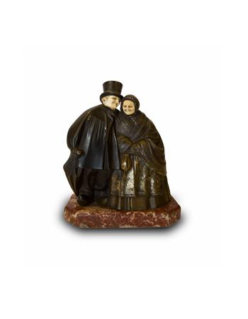 Fina escultura en bronce y marfil firmada por Andre Vincent Becquerel