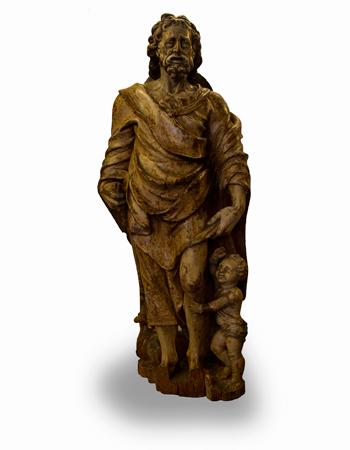 Rara y antiquísima talla en madera policromada de origen europeo