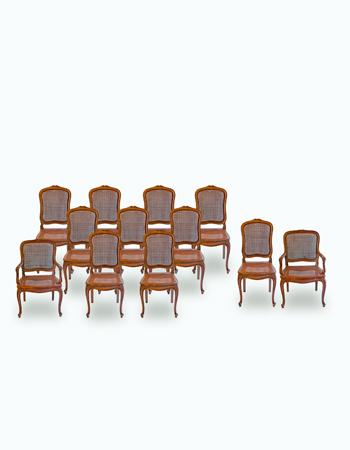 Juego de sillas estilo luis XV